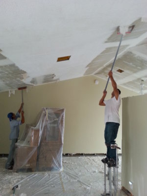 шпатлевка потолка